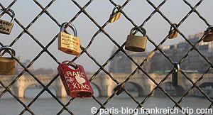 Liebesschlösser-pont-des-arts-Paris