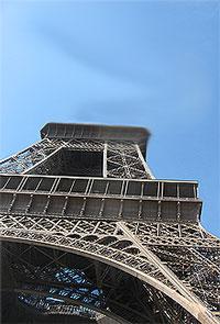 Der Eiffelturm wird abgerissen !