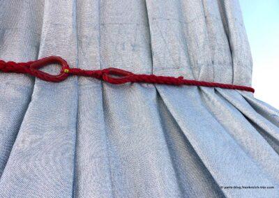 Triumphbogen Paris verpackt von Christo rotes Seil